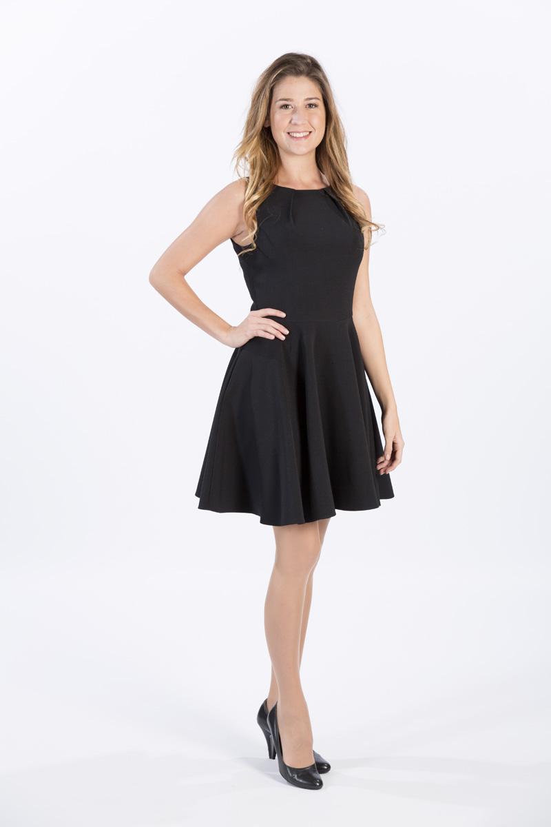 robe noire courte elle ne me quitte plus en toutes saisons. Black Bedroom Furniture Sets. Home Design Ideas